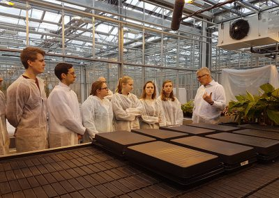 National Geographic visits Wageningen University and Research. Gert Kema explains